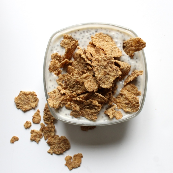 Recette-gel-de-chia-fromage-blanc-banane-cereales