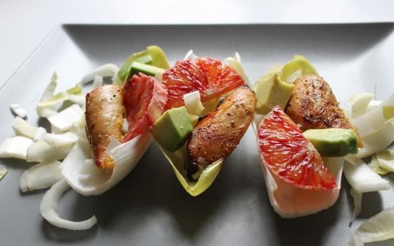 Salade de poulet orange sanguine avec endives et avocat-8