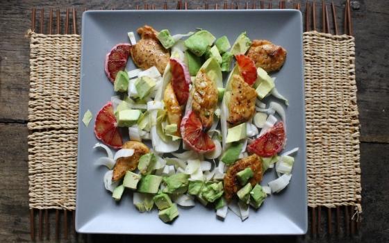 Salade de poulet orange sanguine avec endives et avocat-9