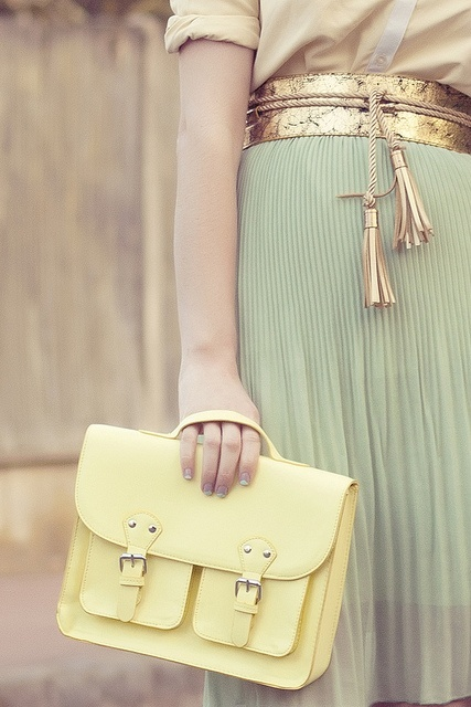 pastel-lemon-bag