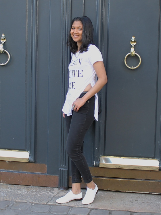 tee-shirt-blanc-new-look-slim-noir-zara-zizi-repetto