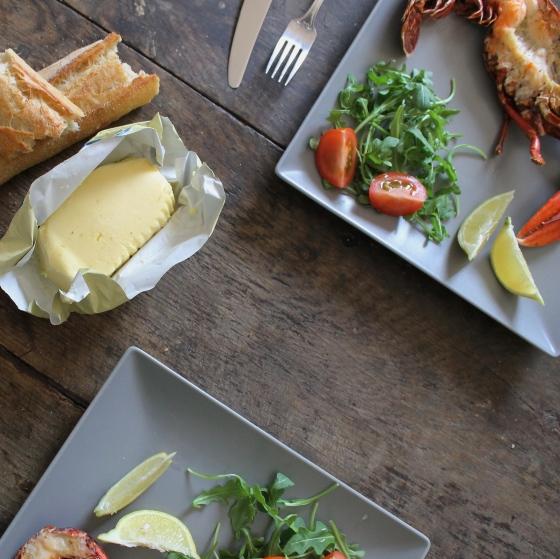 homard-grillé-au-four-salade-beurre-de-baratte