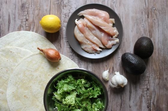 ingredients-poulet-citron-ail-avocat-salade